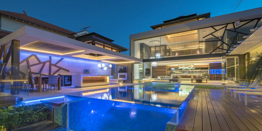 Highly customisable concrete pools