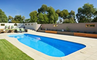 Riviera family swimming pool tiled around